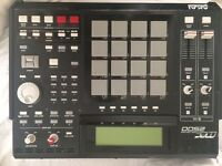 Akai professional MPC 2500 for sale must go today before 12 pm