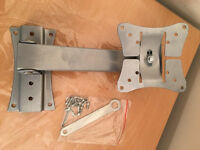 Brandnew TV wall bracket, turns & tilts, quick sale at only £25,suitable for TVs up to 32 inch