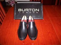 Mens dress shoes size 8 brand new
