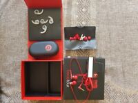 Beats By Dre Beats Tour Ear Phones Made for iPad iPhone iPad RED UNUSED RRP £99