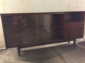 Retro Long glass cabinet