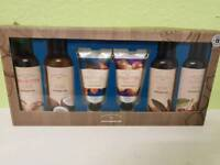 Men and womans gift set