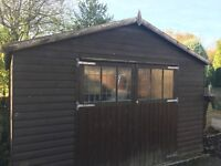 Large garden shed (can be use as garage)