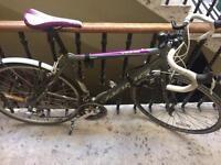 Ladies Viking road bike 53cm with Kryptonite U-lock, mud guards and front headlight