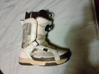 Womans snowboard boots sz 3.5 -4.5-5.5uk
