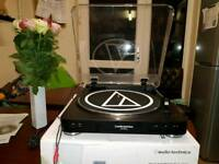 Audio-Technica AT-LP60 usbTurntable