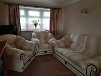3 piece cream/beige sofa suite