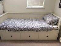 IKEA HEMNES 3 DRAWER DAY BED (WHITE)