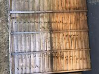 4 Free fence panels