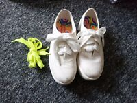 RocketDog white platform sneakers size 3
