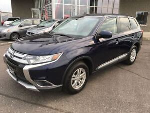 2017 Mitsubishi Outlander ES 4x4, Back Up Camera, Blowout!!