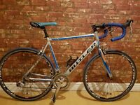 """2012 Claude Butler San Remo, Road bike. Excellent Condition. 22"""" Frame. 16 Gears"""