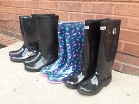 4 pairs of Wellies size 7&5