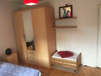 Cosy and clean double/room £100deposit, all/bills/incl