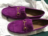 Gucci suede Horsebit Loafer size 41