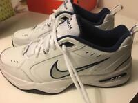 Men's Nike Air Monarch Size 10.5