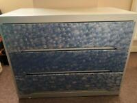 Chest of Drawers. D 40cm H 77cm W 60cm
