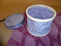 Collapsible camping bowl with handle and carry case!