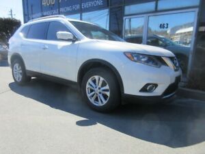 2015 Nissan Rogue SL W/ ALLOYS, HEATED SEATS & PANO ROOF