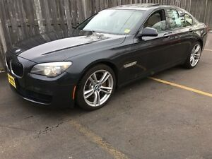 2011 BMW 7 Series 750i xDrive, Navigation, Leather, Sunroof, AWD