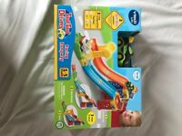 Toot toot ramp and car set