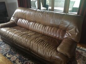 Large Leather 4 Seat Sofa with Ribbed Pattern