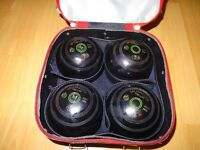 NICE SET OF GREENMASTER PRO-LINE BOWLS ,SIZE 3 ,WITH THOMAS TAYLOR BOWLS BAG IN VGC