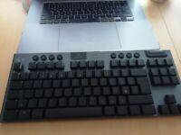 Logitech G915 Lightspeed Wireless RGB Gaming Keyboard