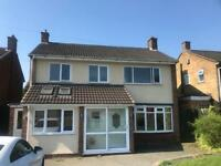Three bedroom detached house near Mere Geesn