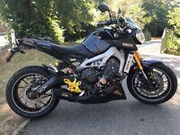 Yamaha MT09 Ohlins suspension, trick extras
