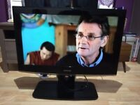 **SAMSUNG**32 INCH HD LCD TV WITH FREEVIEW**HDMI**NO OFFERS**COMES WITH ADJUSTABLE STAND
