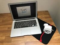 "Apple MacBook Air 1.33"" Early-2014 256GB SSD 2.4GHz i5 Dual Core 4GB RAM MD761BB"