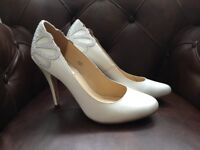 Brand New Benjamin Adams Holford Court Shoe With Heel Embellishment, Size: UK 4, EU 37, Ivory