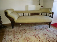Edwardian Chaise Longue with two Chairs