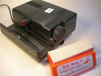 Novamat Braun 515 AF Slide Projector With Box of Slides from 'The Holy Land' (WH_0049)