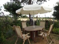 LARGE TEAK GARDEN SET --ROYAL CRAFT TABLE AND 4 RECLINING CHAIRS WITH PARASOL --