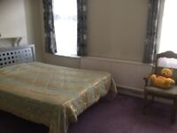 Triple size furnished room with free WiFi, gas and council bills