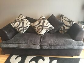 3 seater sofa with bucket seat