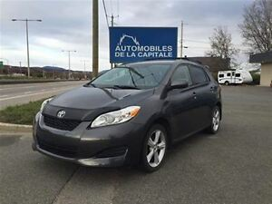 2009 Toyota Matrix Base - AWD
