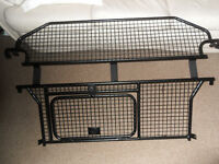 Land Rover Freelander 2 Dog guard/Cargo Barrier - Genuine LR Part