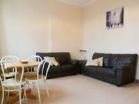 Fantastic Location Spacious 2 Bed Flat On Barons Court Road Ideal For Sharers Close To Station