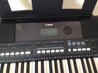 Yamaha keyboard E 433