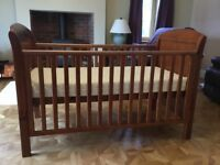 Cosatto baby / toddler cot bed