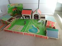 Early Learning Centre Wooden Farm Set 3+ years VGC