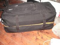 BARGAIN Buy ,Dirty Divers Dive bag plus wet suits and more