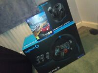 Logitech G29 Racing Wheel with Shifter and Project Cars 2 (PS4/PC)