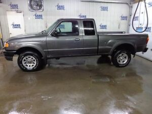 2005 Mazda Camion Pick-up Série B Double sport
