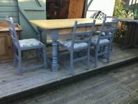 Fabulous Farmhouse Table & 4 Chairs