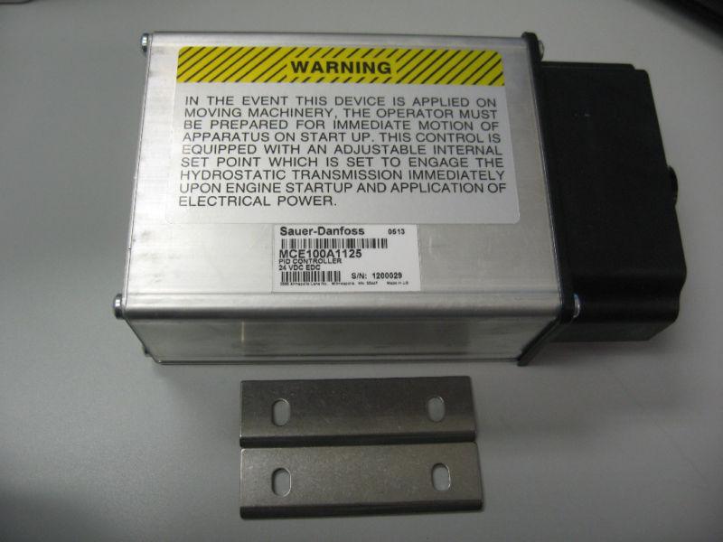 Sauer-Danfoss PID Controller Valve MCE100A1125 24VDC MCE100A MCE100B S/N 1200029