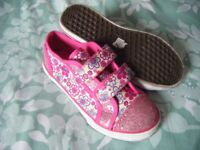 New Size 12 Canvas Shoes
